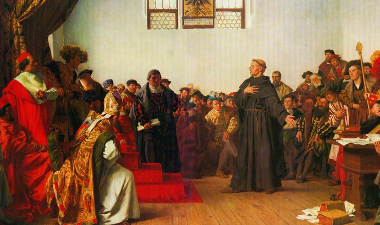 Luther forsvarede sig for Rigsdagen i Worms. Han nægtede at tilbagekalde noget, og han blev erklæret fredløs.