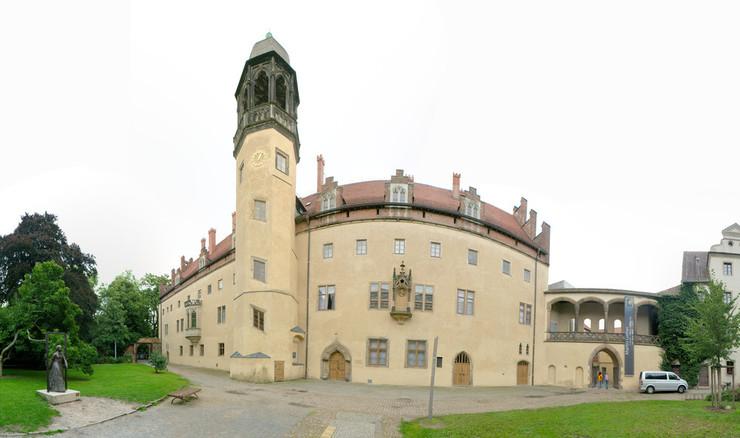 Luther sluttede sig til Augustiner-eremitterne i Efurt i 1505. Her blev han præst