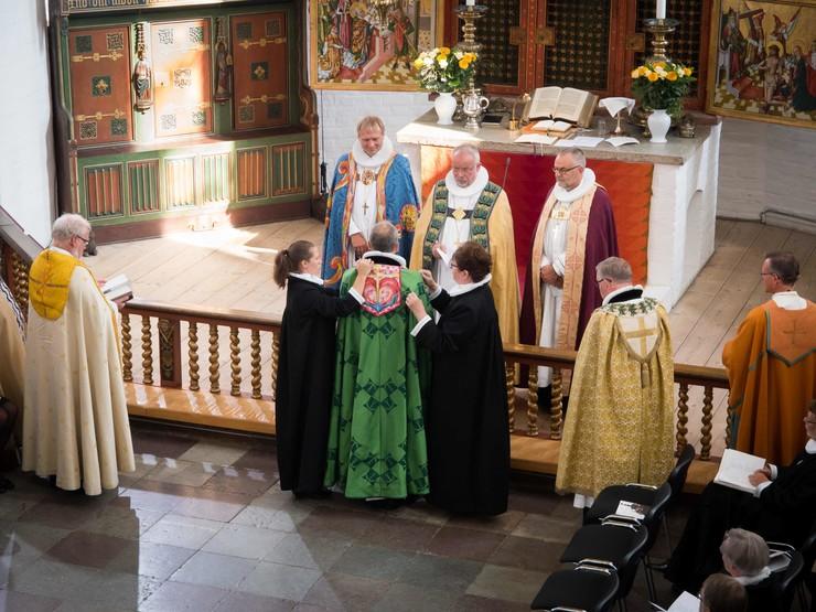Bispevalg i folkekirken