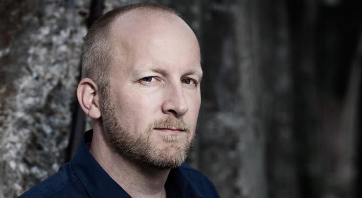 Lars Husum ser et håb i øjnene på sin kræftsyge far, da han får at vide, at han skal være farfar