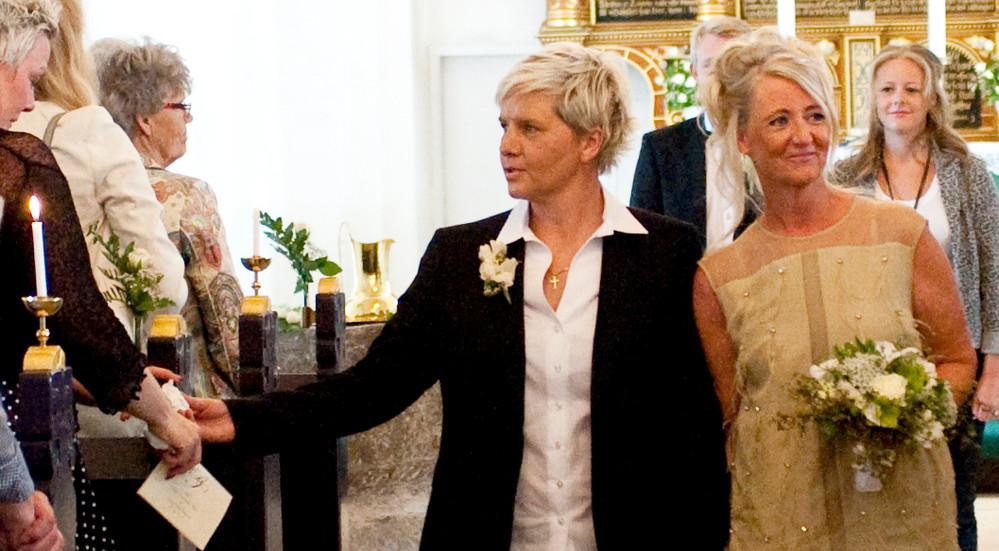 Kirkebryllup for par af samme køn.